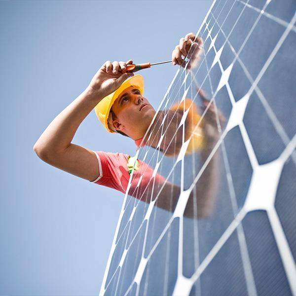 Monter paneli słonecznych